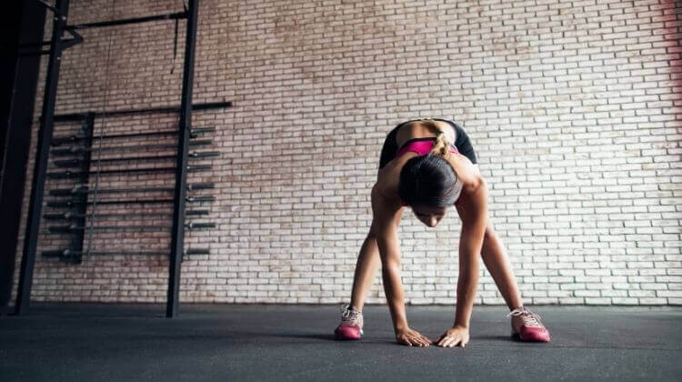 How to do Gorilla Squat exercise