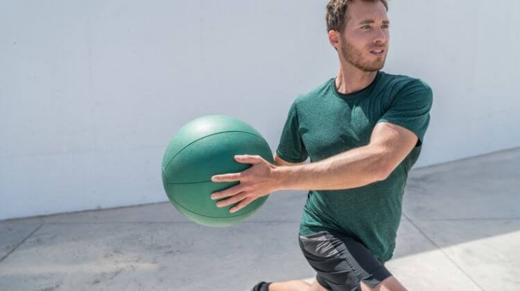 7 Best Wall Ball Exercises To Work Your Full Body