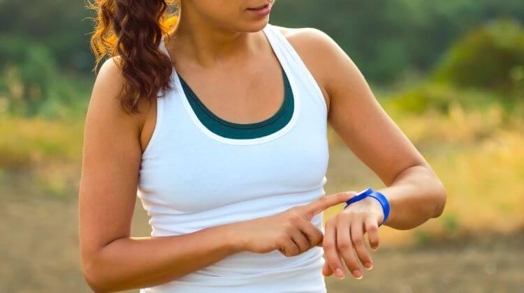 Get a Smart Sports Bracelet for Running